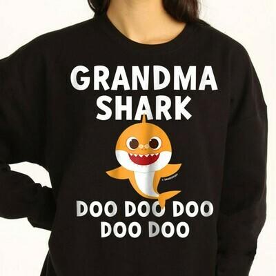 Grandma Shark Pinkfong Toddler Baby Shark Doo Doo Doo Family Vacation Birthday Shark Mommy Daddy Grandma Sister Brother Shark s T-Shirt Sweatshirt Hoodie Long Sleeve Tee Kids Youth Gifts Jolly Family