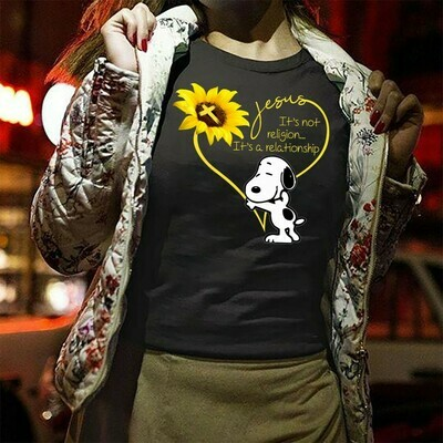 Jesus It's Not Religion It's A Relationship Sunflower with Snoopy,Floral Sunflower Christian Quotes Peanuts T-shirt T-Shirt Hoodie Sweatshirt Sweater Tee Kids Youth Gifts Jolly Family Gifts