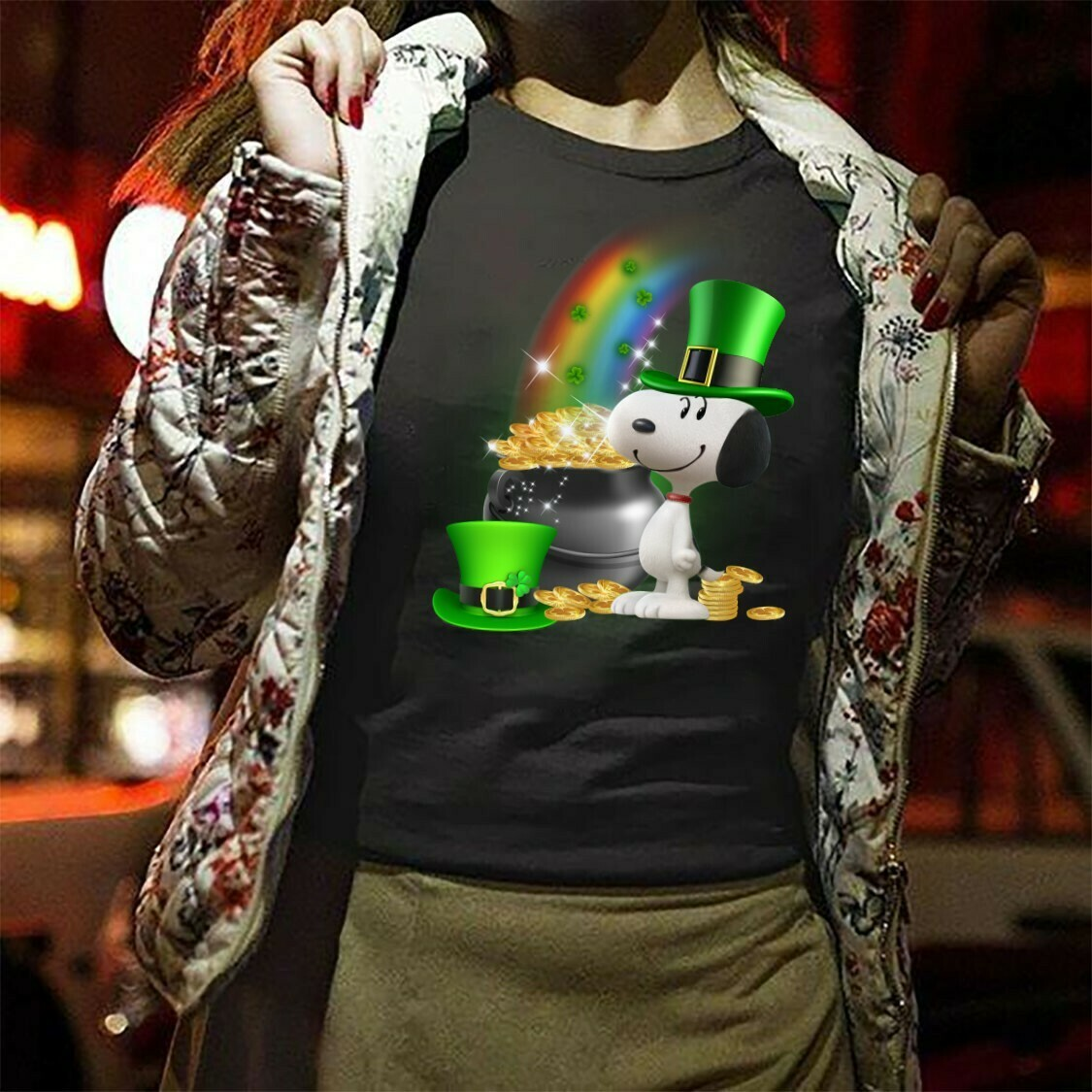 Peanuts Snoopy Feelin' Lucky Charm St. Patrick's Day funny,Snoopy with Leprechauns Pots of Gold and Rainbows Shamrocks  T-Shirt Hoodie Sweatshirt Sweater Tee Kids Youth Gifts Jolly Family Gifts
