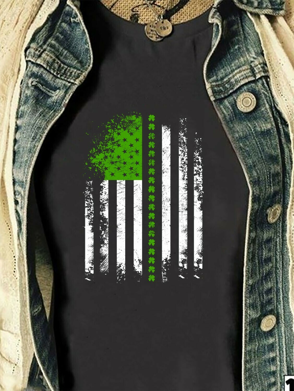 St Patrick's Day Irish American Shamrock Flag Paddy Patty Day,Luck Of The Irish Green Clover  T-Shirt Hoodie Sweatshirt Sweater Tee Kids Youth Gifts Jolly Family Gifts