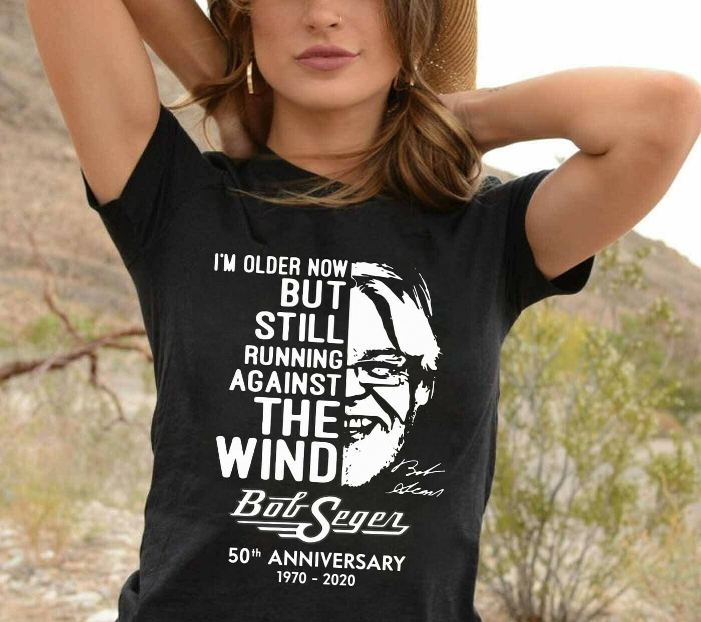 I'm Older Now But Still Running Against The Wind Bob Seger 50th Anniversary 1970 2020 The Silver Bullet Band Vintage Rock and Roll  T-Shirt Hoodie Sweatshirt Sweater Tee Kids Youth Gifts Jolly Family