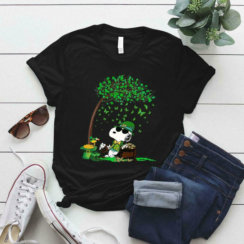 Happy St. Patrick's Day shirt, Snoopy Shirt Gift, Snoopy Patrick Shirt,Patrick's Tree Gift, Snoopy and Shamrock shirt, Snoopy patrick