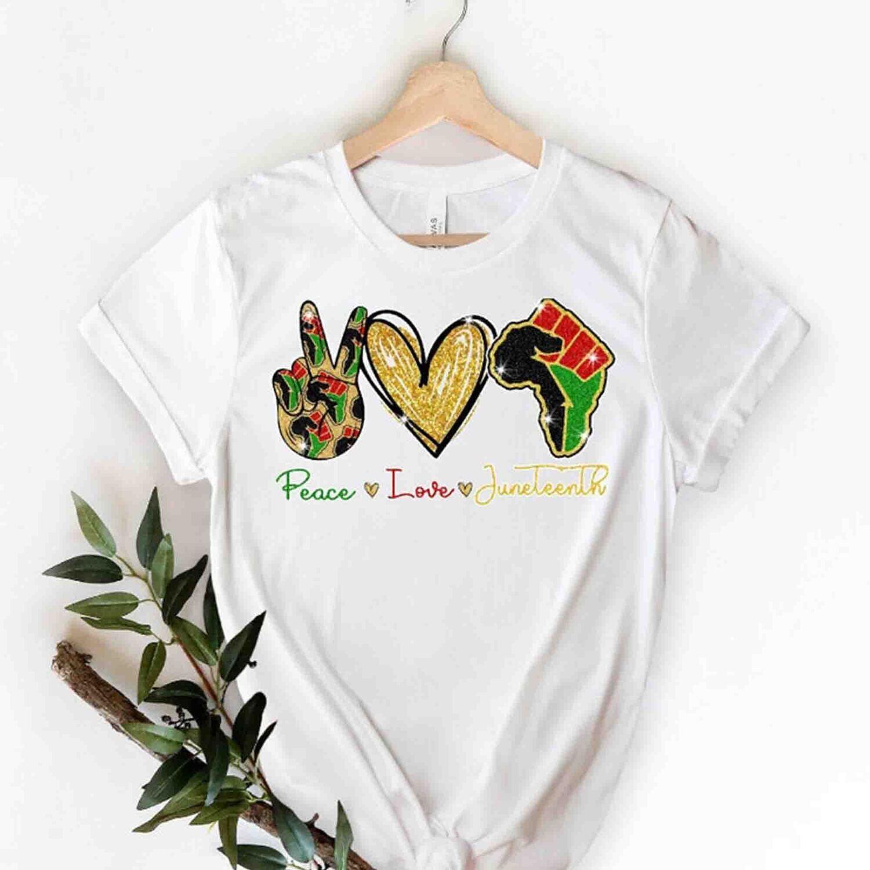 Peace Love Juneteenth Shirt, Juneteenth 1865 Shirt, Juneteenth Heart Gift , Black Live Matter Gift Trending Unisex Hoodies Sweatshirt Tank Top V neck T Shirt