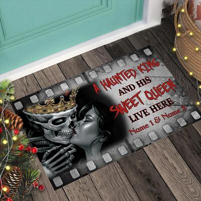 Halloween A Haunted King And His Sweet Queen Polyester Door Mat,Skull Couple Custom Name, Happy Halloween Day, Halloween Rug , New Home Gift, Housewarming Gift, Doormat House Warming Gift