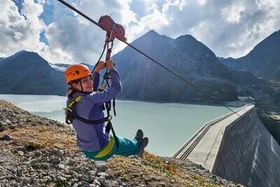 Visite de la Grande Dixence ou une descente en tyrolienne