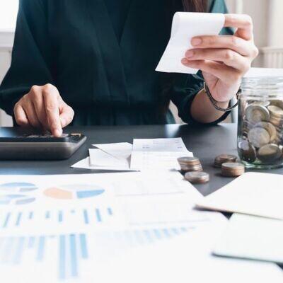 Outil de finances personnelles (budget, fortune et placements)