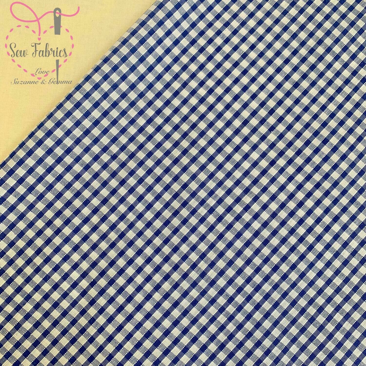 Classic Bottle Green Gingham Print Polycotton Fabric, School Colour Material For Craft & Sewing Projects