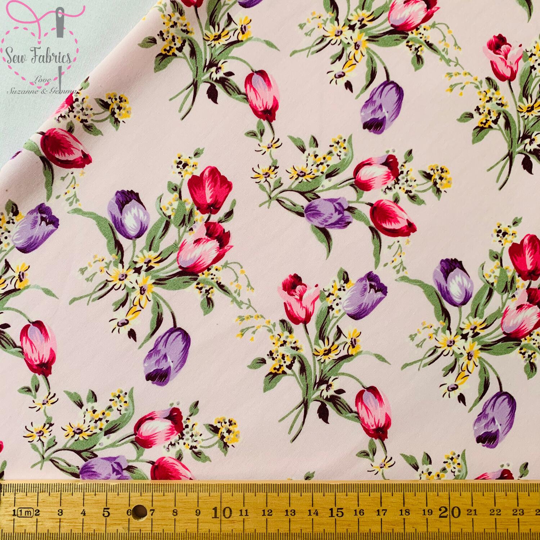 100/% Cotton Poplin Fabric Rose /& Hubble Pretty Bewdley Hill Floral Flowers