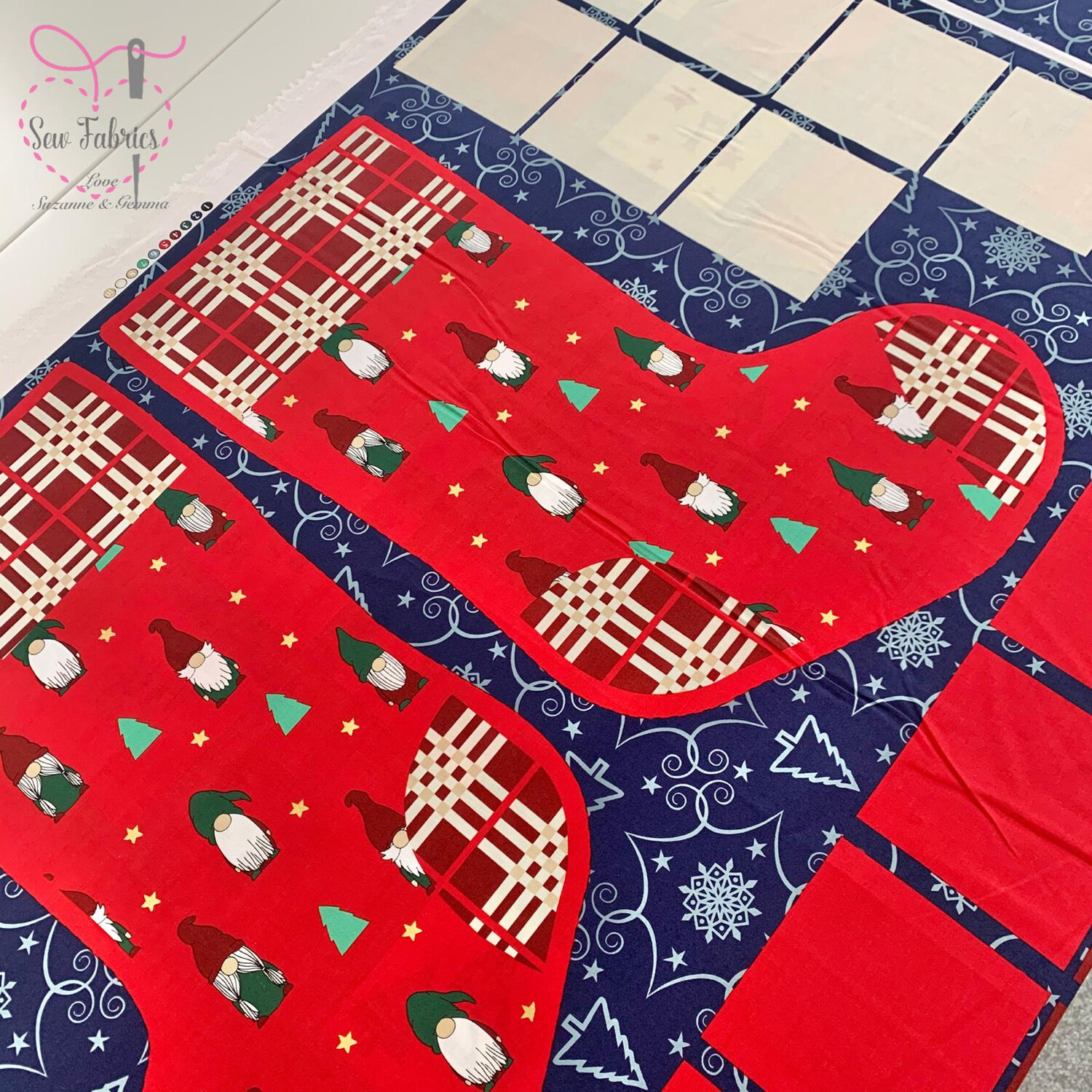 Rose and Hubble Christmas Stocking and Advent Calendar Pockets, 100% Cotton Poplin, Festive Fabric Panel