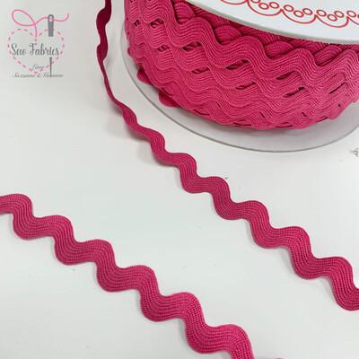 Bertie's Bows Fuchsia Pink 13mm Large Ric Rac Trim, Edging, Fringe, Braid, Craft