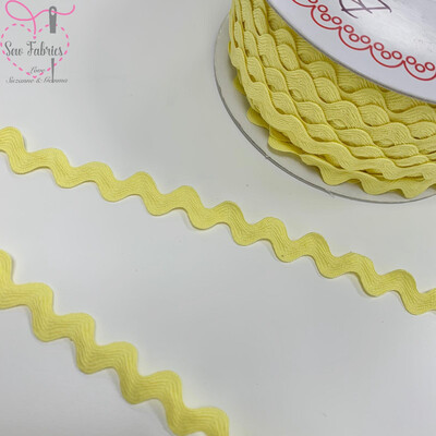 Bertie's Bows Lemon Sorbet 13mm Large Ric Rac Trim, Edging, Fringe, Braid, Craft