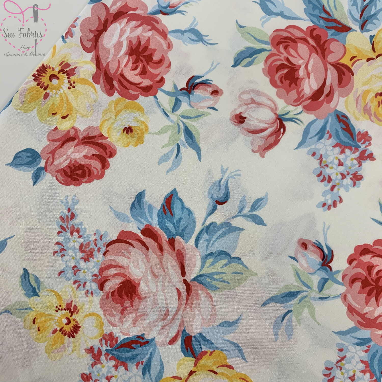 Michael Miller Country Cottage Collection - Farmstand Flowers - Peach Pink, 100% Cotton Fabric, Dressmaking, Quilting, Home Soft Furnishings Floral Material