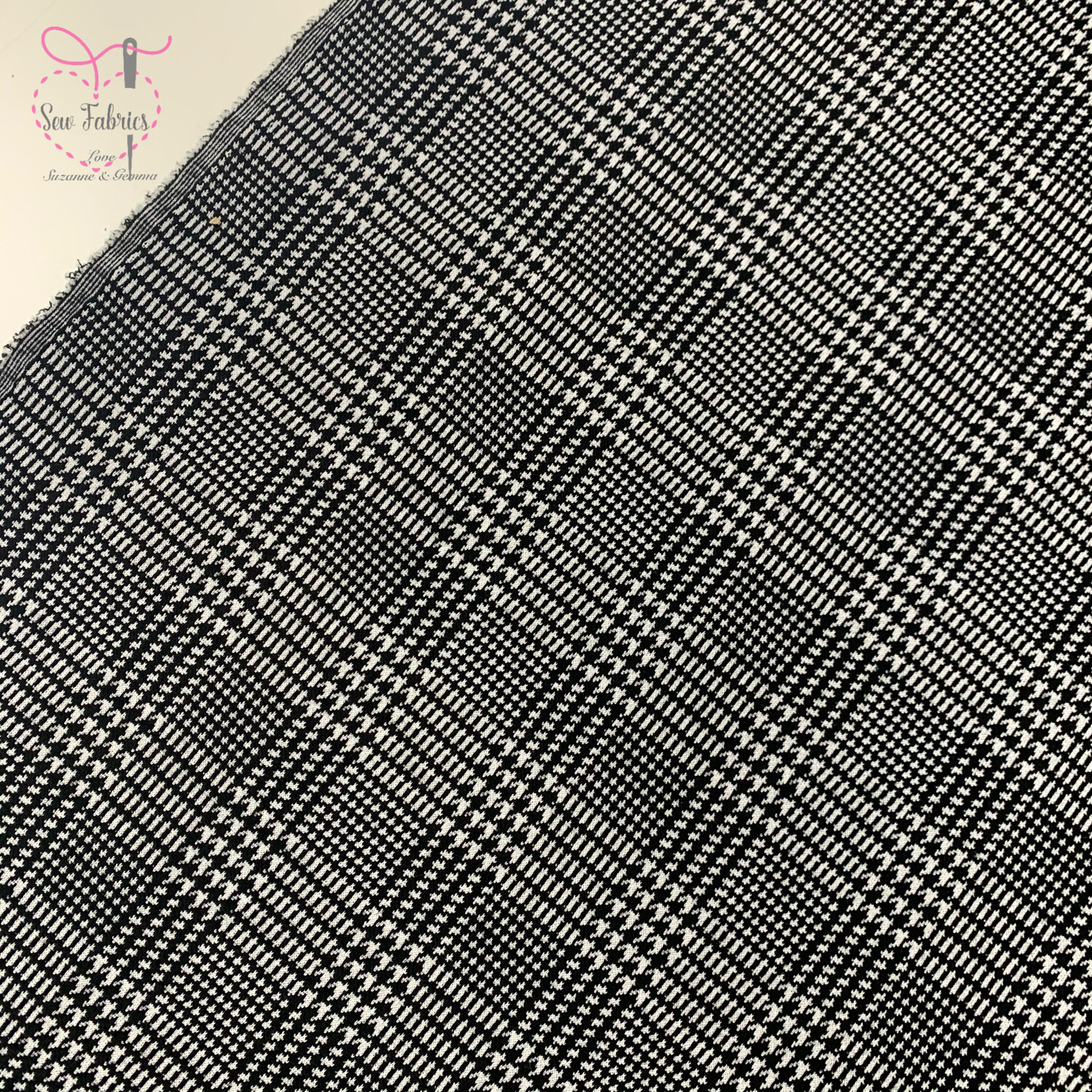 Black Check Ponte Roma Poly/Viscose Jersey Fabric Dogtooth