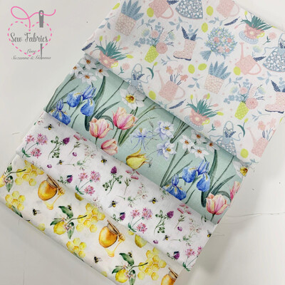 Little Johnny 4 Fat Quarter Bundle, 100% Cotton Fabric, Dressmaking, Quilting, Home Soft Furnishings Novelty Floral Material