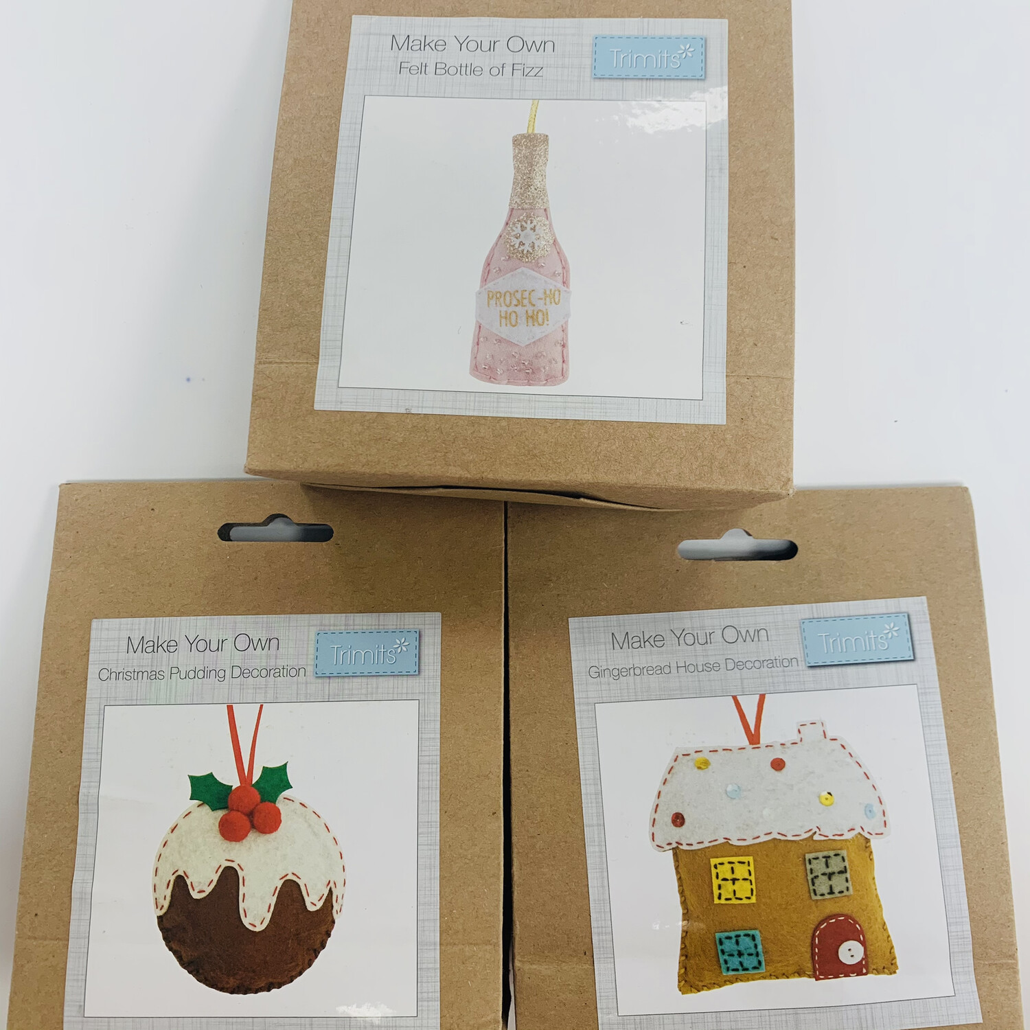 Pack of 3 Trimits Felt Make Your Own Christmas Decorations - Gingerbread House, Christmas Pudding, Bottle of Fizz