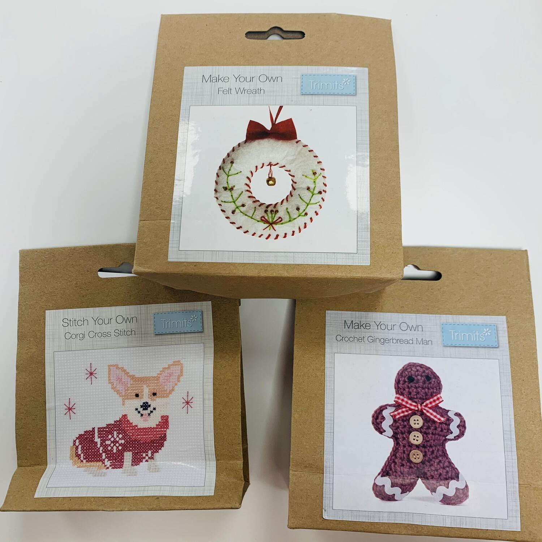Pack of 3 Trimits Craft Your Own Christmas Decorations - Cross Stitch Kit Corgi, Crochet Kit Gingerbread Man, Felt Kit Wreath