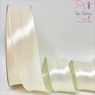 25 metres reel of Ivory 013 Plain Satin Bias Binding 30mm