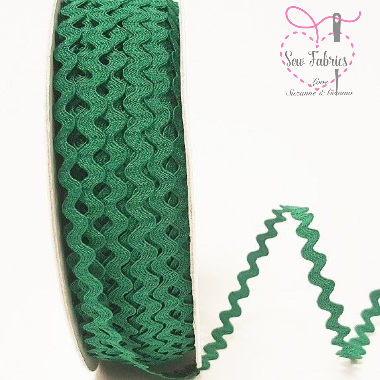 Bertie's Bows Emerald Green 7mm Ric Rac Trim, Edging, Fringe, Braid, Craft