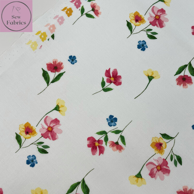 Riley Blake Glohaven Collection, White Floral Flowers, 100% Cotton Fabric, Dressmaking, Quilting, Home Soft Furnishings Floral Material