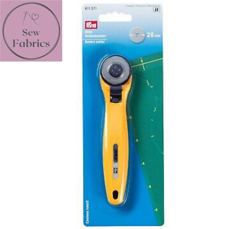Prym 28mm Mini Rotary Cutter, patchwork, quilting accessory