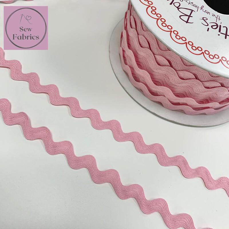 Bertie's Bows Pale Pink 13mm Large Ric Rac Trim, Edging, Fringe, Braid, Craft