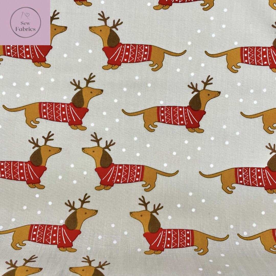 1 mtr x Sausage Dog in Christmas Jumper Print   Polycotton Fabric, Novelty Festive Xmas Material