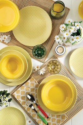 Kütahya Porcelain Nanoceram 24 Piece Dinner Set 89029A Yellow