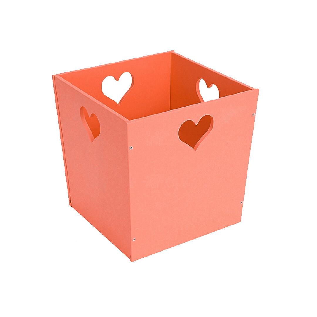Деревянный ящик для игрушек с сердечком, оранжевый