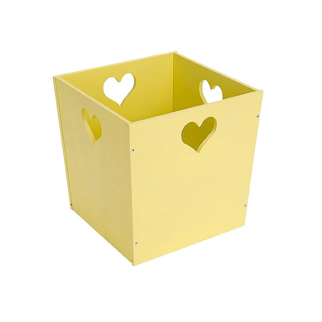 Деревянный ящик для игрушек с сердечком, желтый