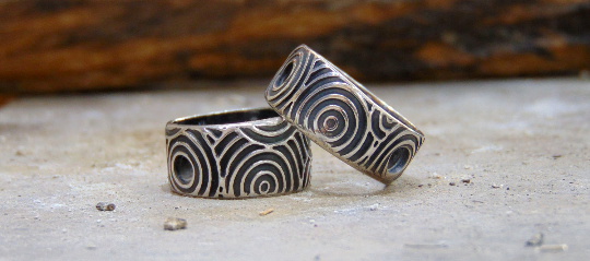 His&Hers wedding engagement rings Circles and concentric handmade silver 999.