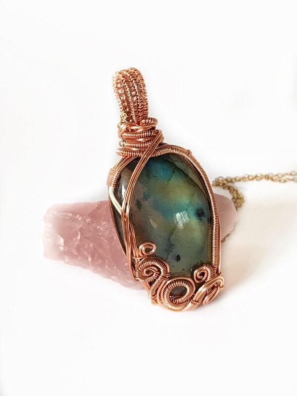 Labradorite waves pendant