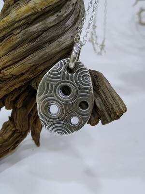 Pure Silver 999 concentric circles pendant