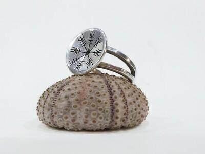 """Aegishjalmur"" Runic compass 925 Sterling silver ring."