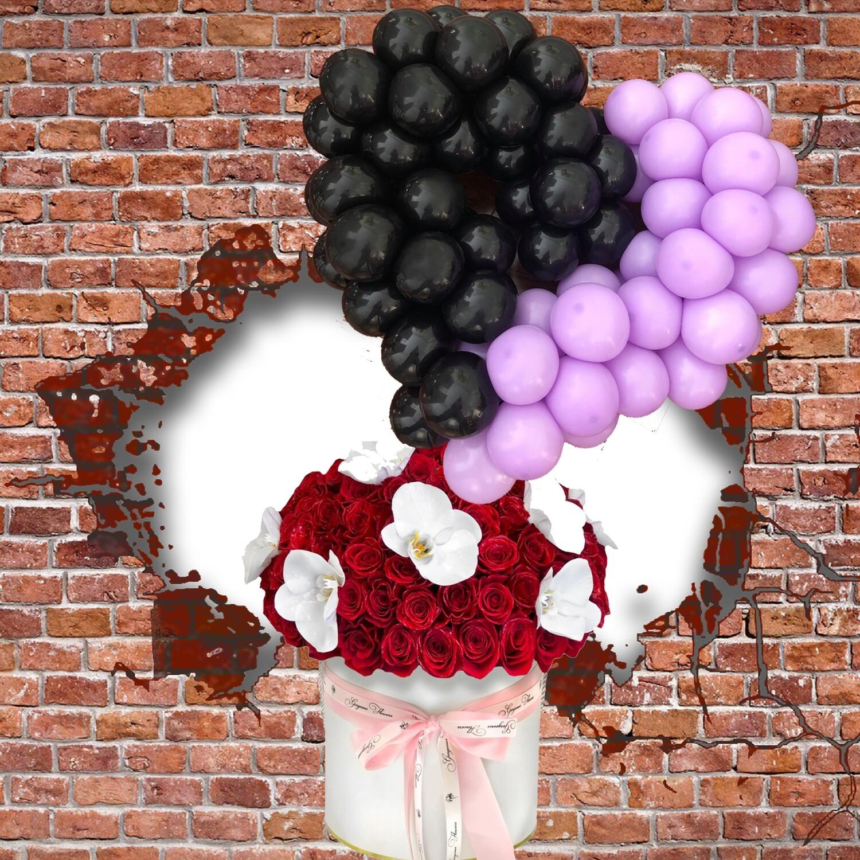 Hot Air Balloon heart shape with fresh Flower Bouquet