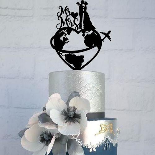Travel world map Wedding cake topper with Mr & Mrs, world map cake topper