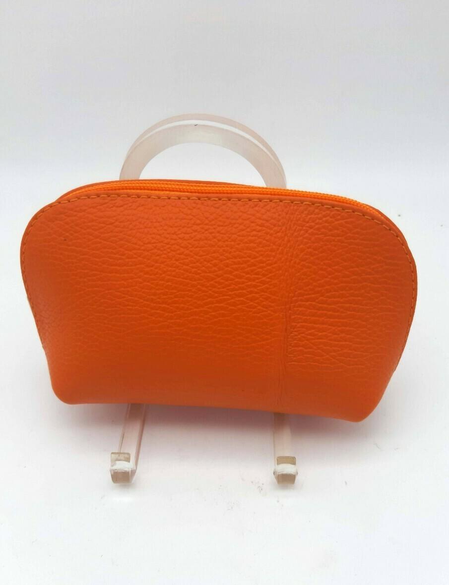 Trousse en cuir zippée en différentes couleurs
