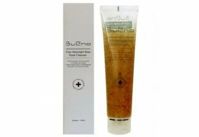 Цветочный гель для умывания с лепестками роз Bueno Pure Moonlight Rose Floral Cleanser, 150 мл.