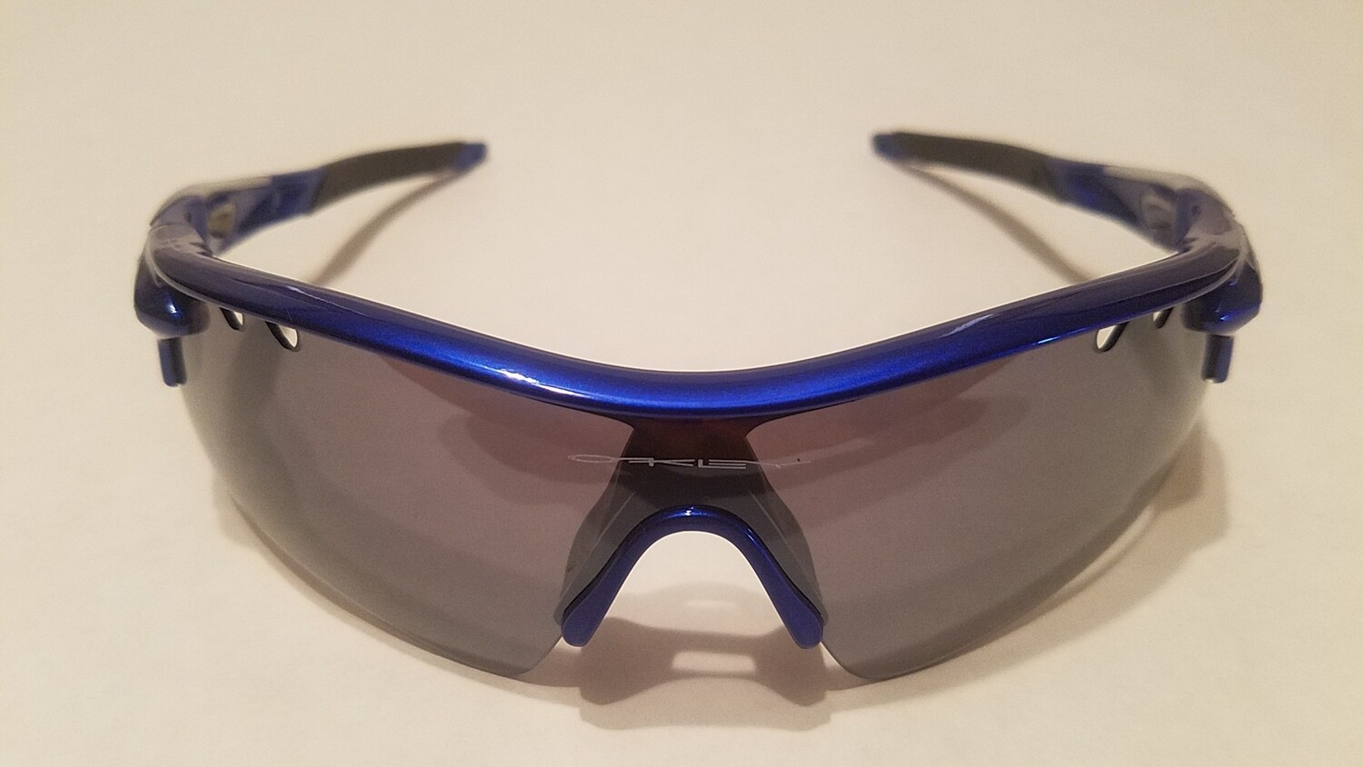 Sport Style Sunglasses :: Blue Frames w/ Black Nose and Earpiece