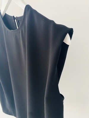 Tuck Shoulder Crepe T - Black