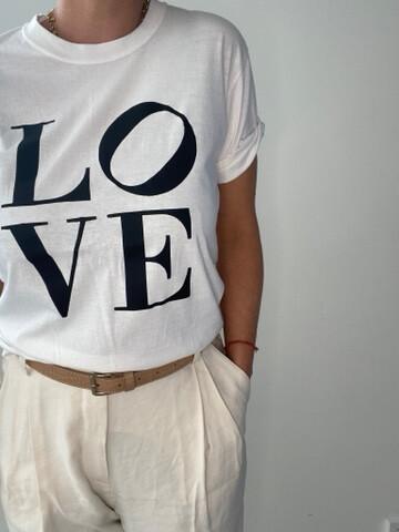 Love T Black / White