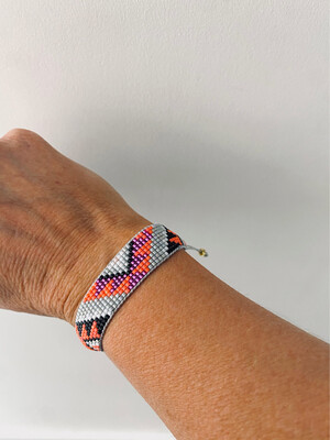 Medium Beaded Adjustable Friendship Bracelet - Grey/orange/purple
