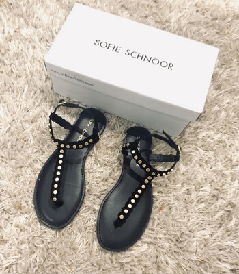 Stud Sandal - Black