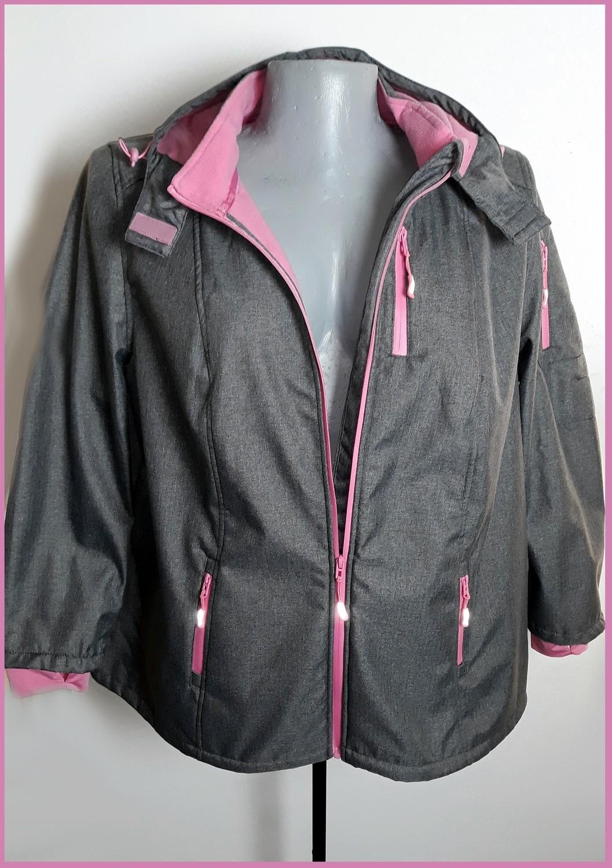 58-as 6XL-es vízálló kapucnis átmeneti kabát