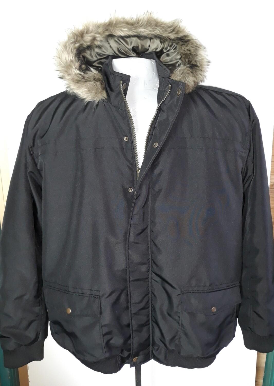 5xl-es szőrme galléros téli férfi kabát