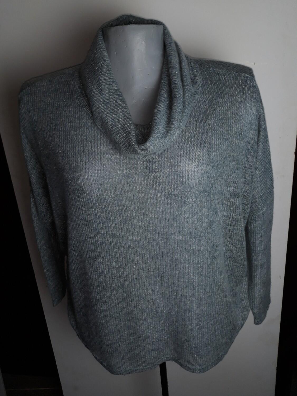 3xl-es 50/52-es vékony kőtésű csillogós pulóver