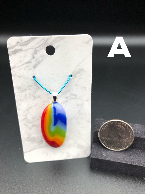VARIETY Rainbow Pendant