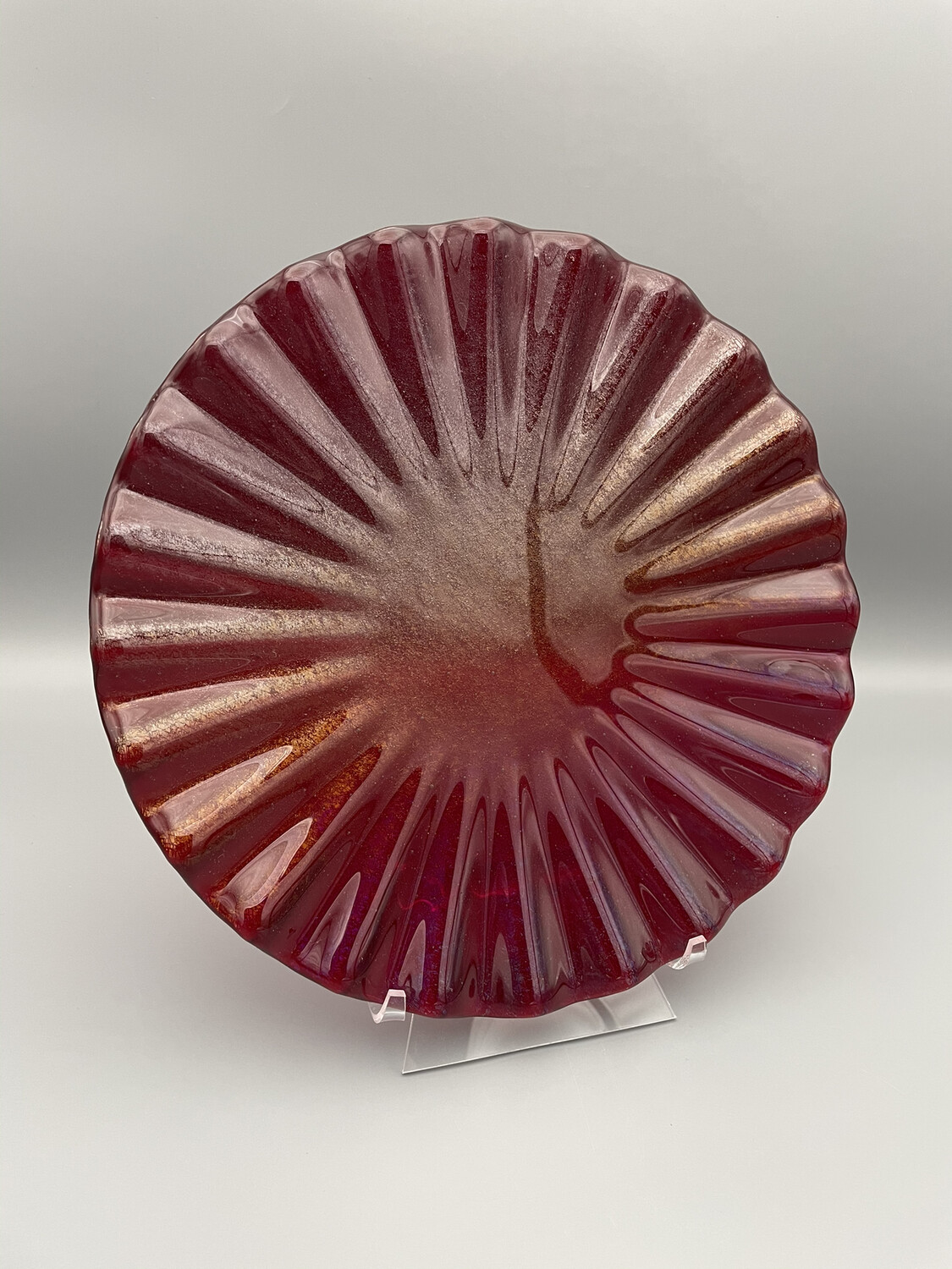 Iridized Red 8-inch Fluted Fused Glass Plate