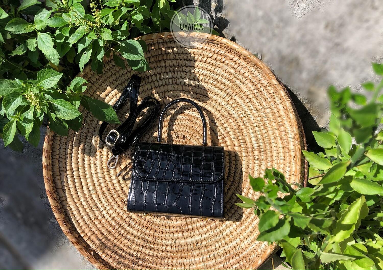 Idara Mini - Glossy Black