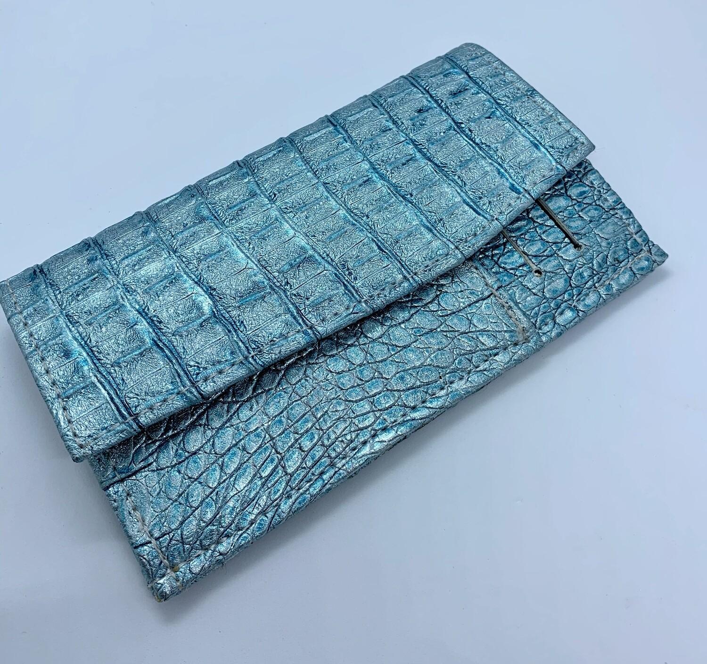 OWO - Metallic blue