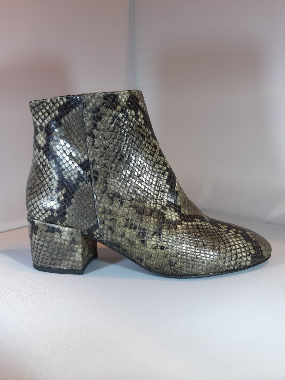 Catwalk   Boot serpent taupe
